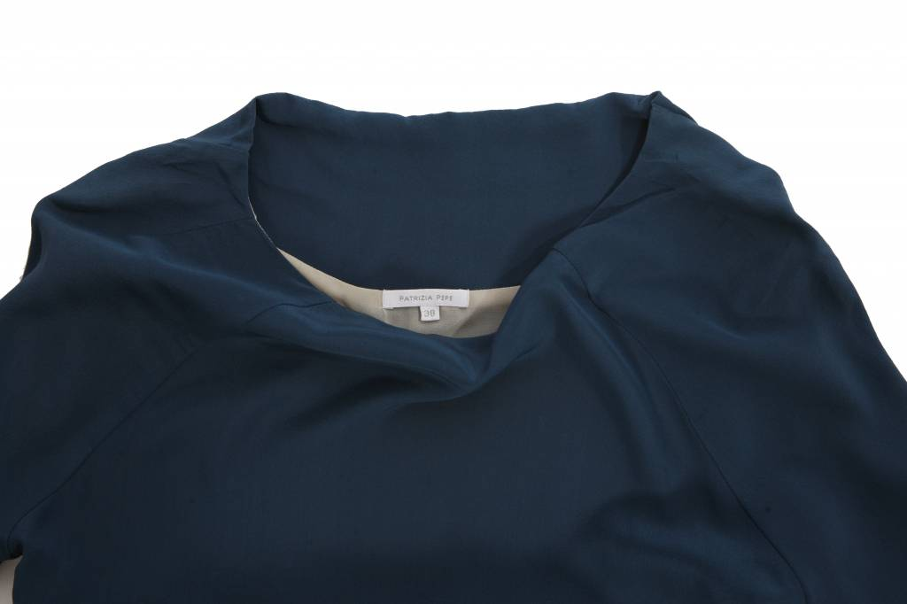 the latest 0f97f 21b1f Patrizia Pepe, petrol colored silk dress in size 38/XXS.