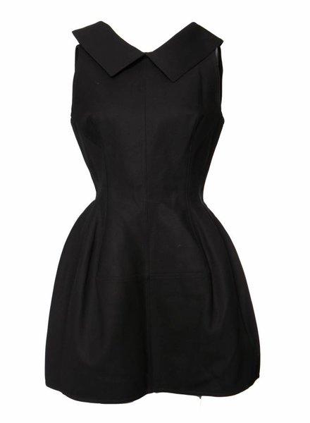 Alaïa Alaia, zwart gewoven jurk.