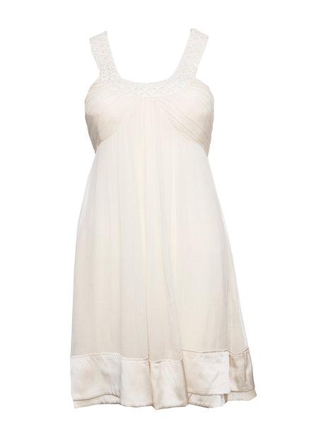Jasmine De Milo Jasmine Di Milo, Ecru kleurige jurk in maat EU40/L. Het item is in goede conditie.