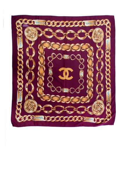 Chanel Chanel, Vintage paars zijde shawl met goudkleurig ketting patroon.