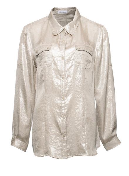 Calvin Klein Calvin Klein, metallic zilver/beige bloes met 2 zakjes op de borst in maat M.