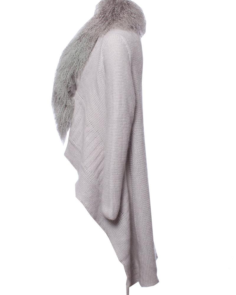 Blumarine Blumarine, Gray woolen cardigan with fur collar in size I42/S.