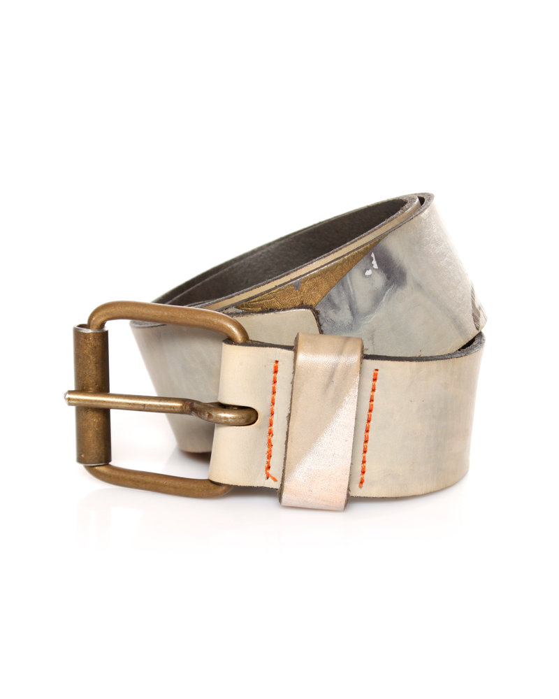 The People of the Labyrinths, multicoloured belt in size 80.