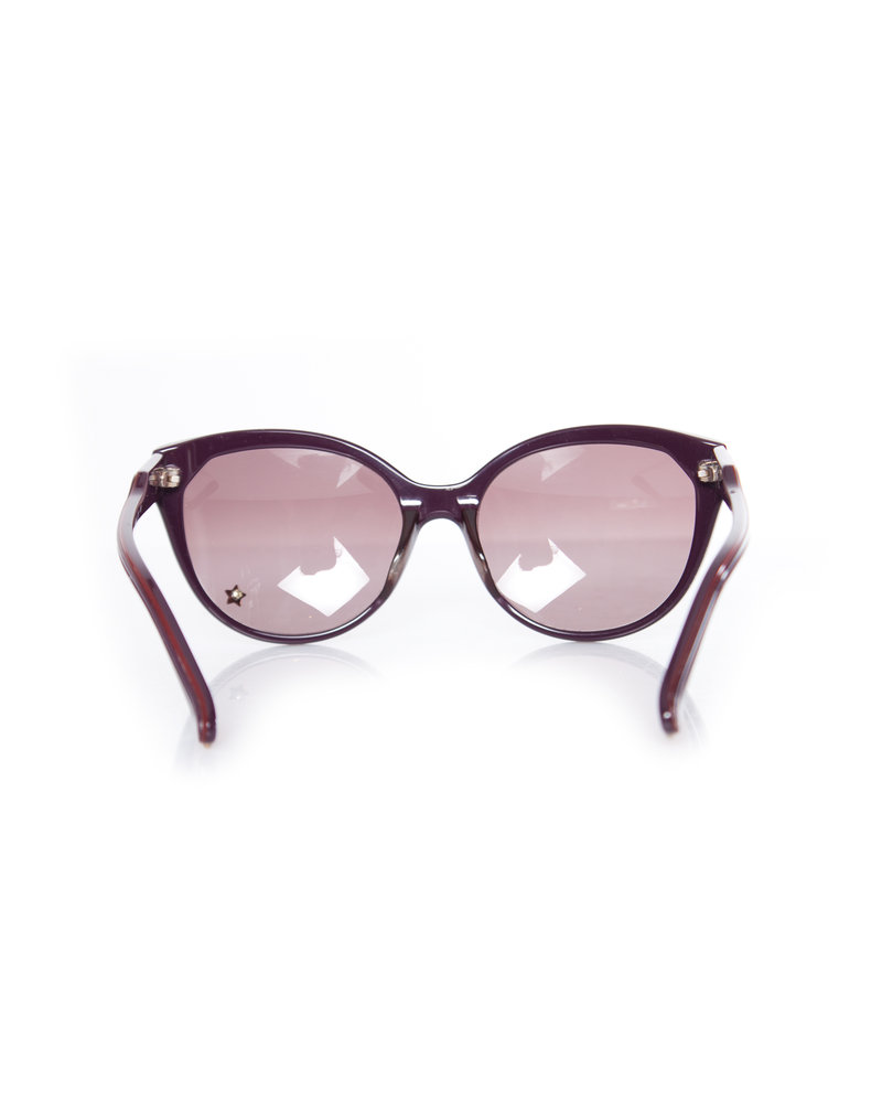Chloé Chloe, Sunglasses in plum red with star.