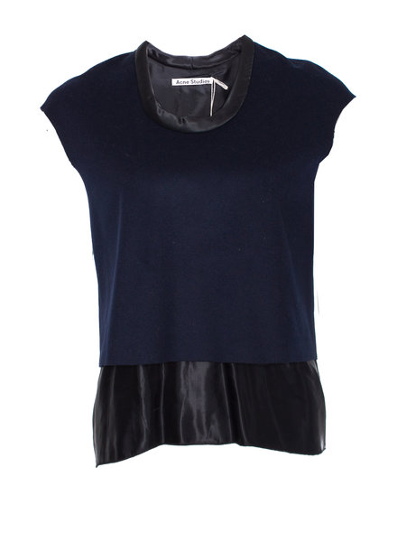 Acne Acne, dubbellaagse wollen top.