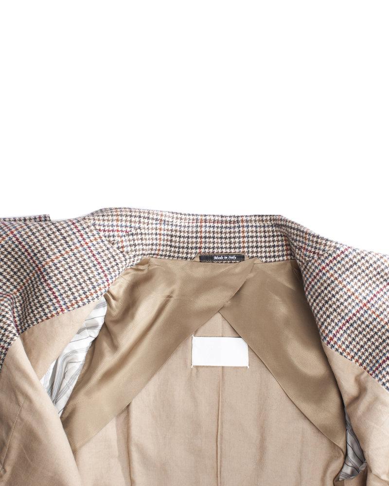 Robert Noble, pied de poule blazer with bat sleeves in size IT42/S.