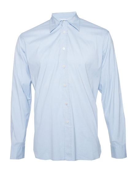 Prada Prada, lichtblauw shirt in maat 40-15 3/4 (M).