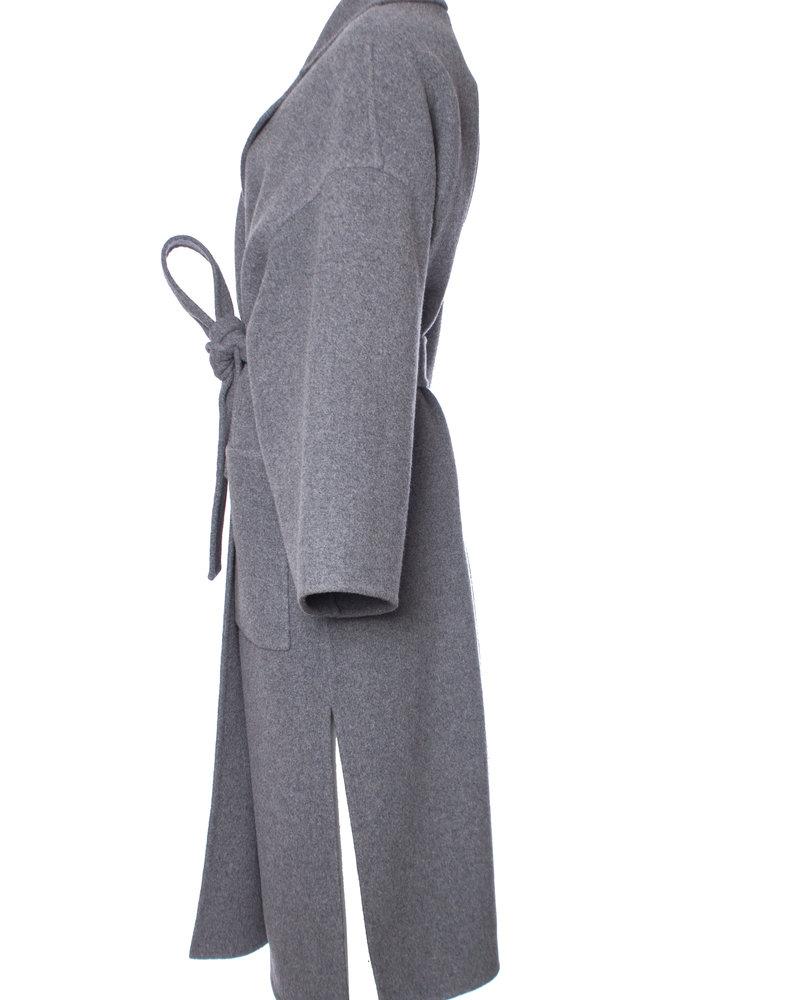 Loewe Loewe, Oversized wikkel jas van wol kasjmiermix in maat XS.