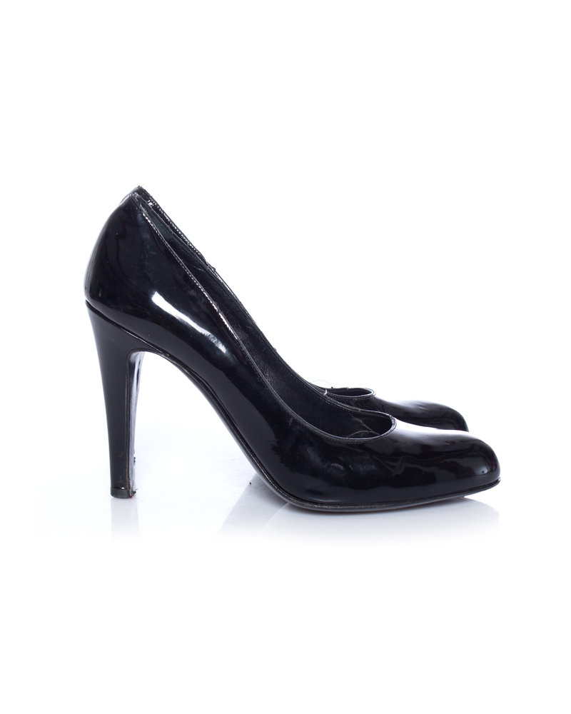 Bally Bally, patent leather pumps in size 36.5.