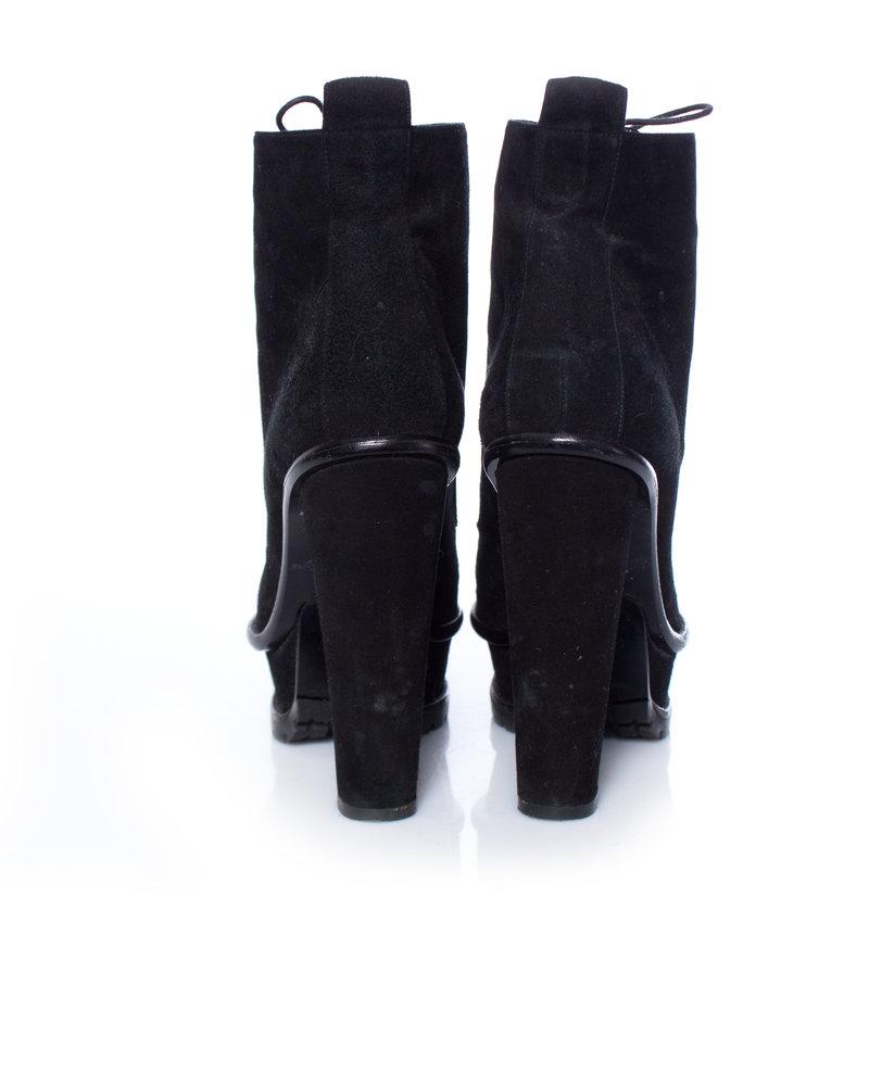Karl Lagerfeld Karl Lagerfeld, zwarte suède plateau veterlaarzen  in maat 37.