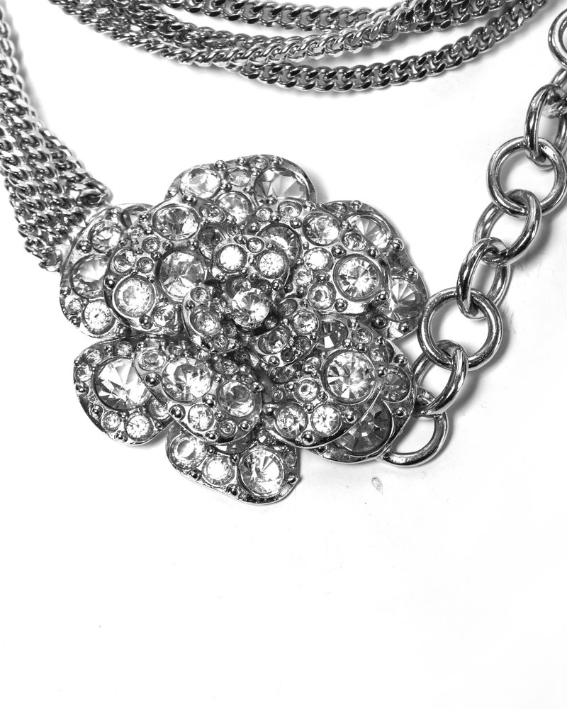 Chanel Chanel, ketting riem/ketting met strass Camellia.