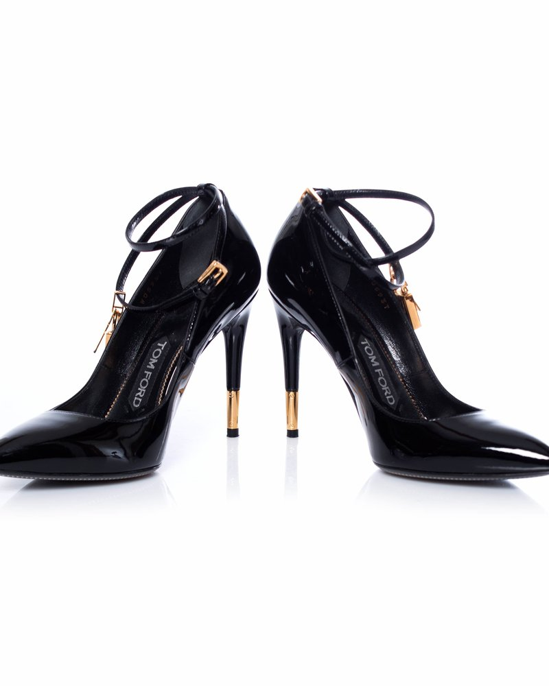 Tom Ford Tom Ford, Patent leather pumps.