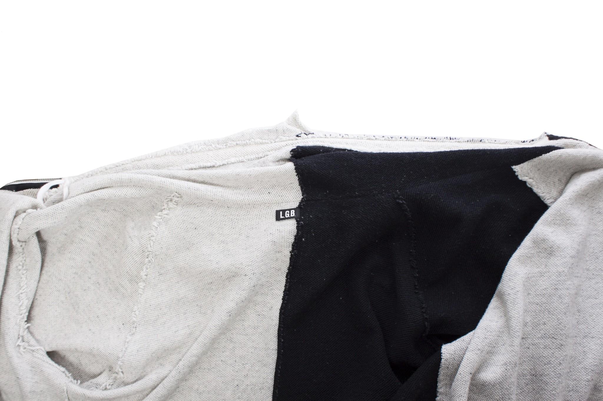 LGB, zwart en wit asymmetrisch vest met capuchon.