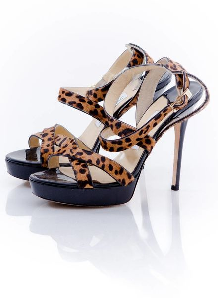 Jimmy Choo Jimmy Choo, black sandal with crossover straps in leopard print