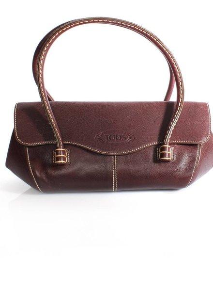 Tod's Tod's, roodbruine handtas met crème kleurige stikwerk en goud metaal.