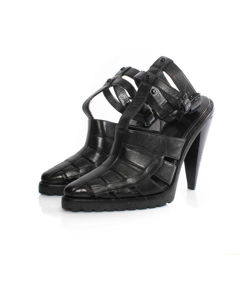 Alexander Wang Alexander Wang black leather gladiator sandal with black hardware in size 39.