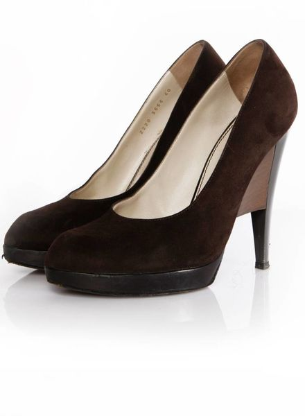 Yves Saint Laurent Yves Saint Laurent, dark brown suede pump with architectural gray heel in size 40.