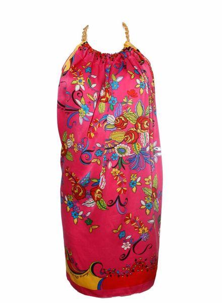 Amour de pin up Amour de pin up, roze satijnen top in bloemenprint met goude schakelketting rond de nek in maat S/M.