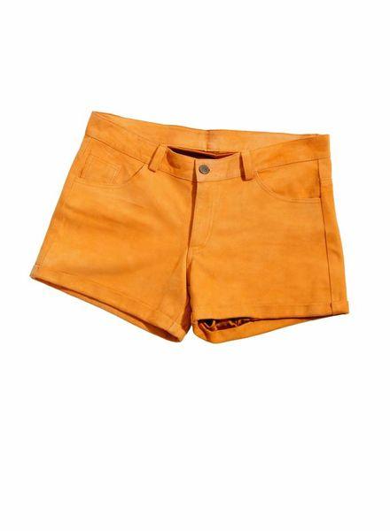 ByDanie ByDanie, oranje suede shorts in maat M.