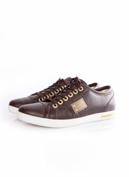 Dolce & Gabbana Dolce&Gabanna, brown leather sneakers with golden plate in size 37.