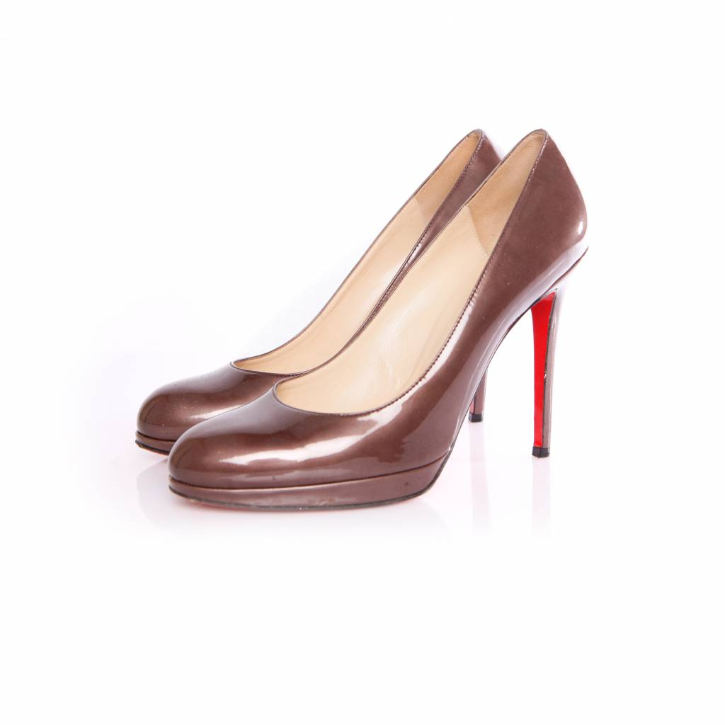 best service 0cc94 cc804 Christian Louboutin Christian Louboutin, brown/antrecite colored pumps in  patent leather in size 40.5.
