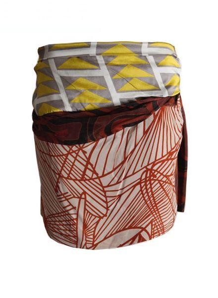 Dries van Noten Dries van Noten, silk skirt with fantasyprint in size DE38/S.