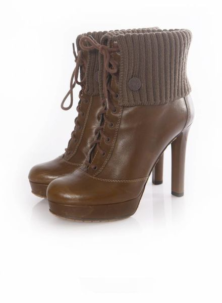 Gucci Gucci, olive green/kakhi coloured lacebooties with wool rib in size 38.