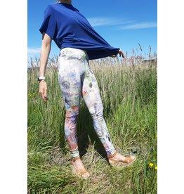 Legging oil paint
