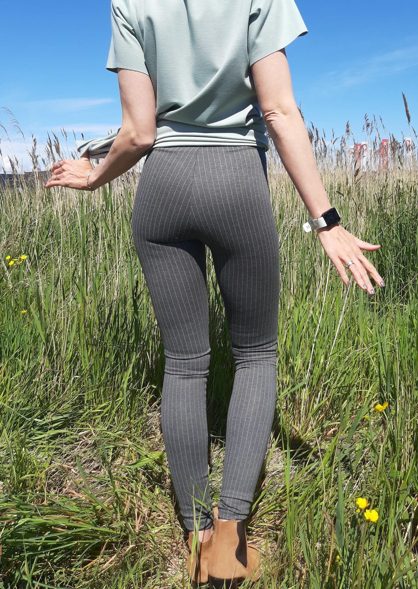 Legging grijs   pinstripe