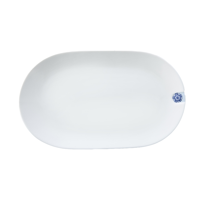 Touch of Blue plate oval