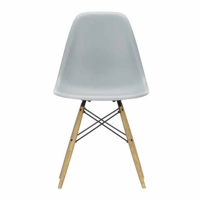 Eames Plastic Chair DSW