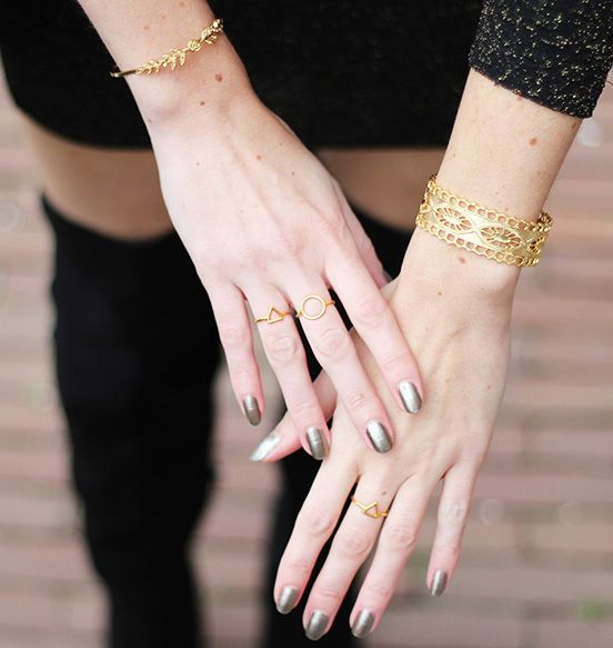 Midsummer Star Circle Gold Ring
