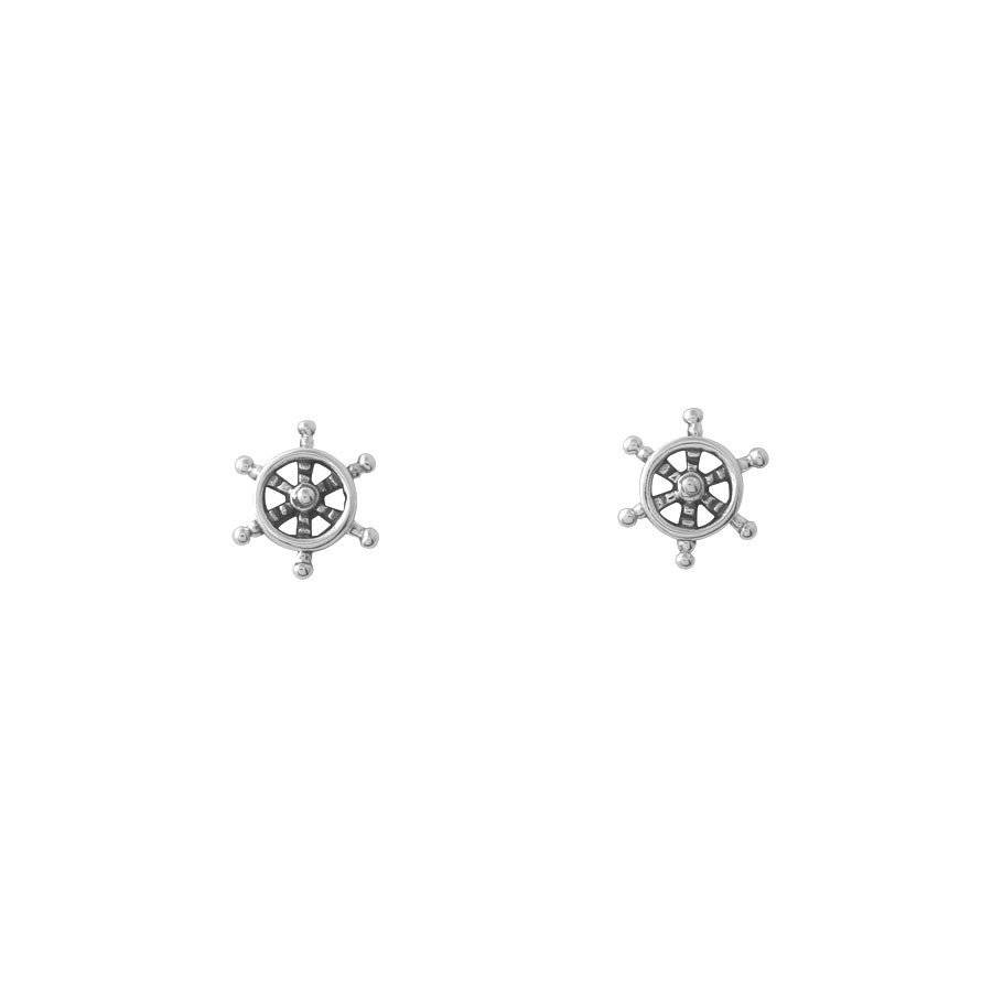 Midsummer Star Steer your destiny studs