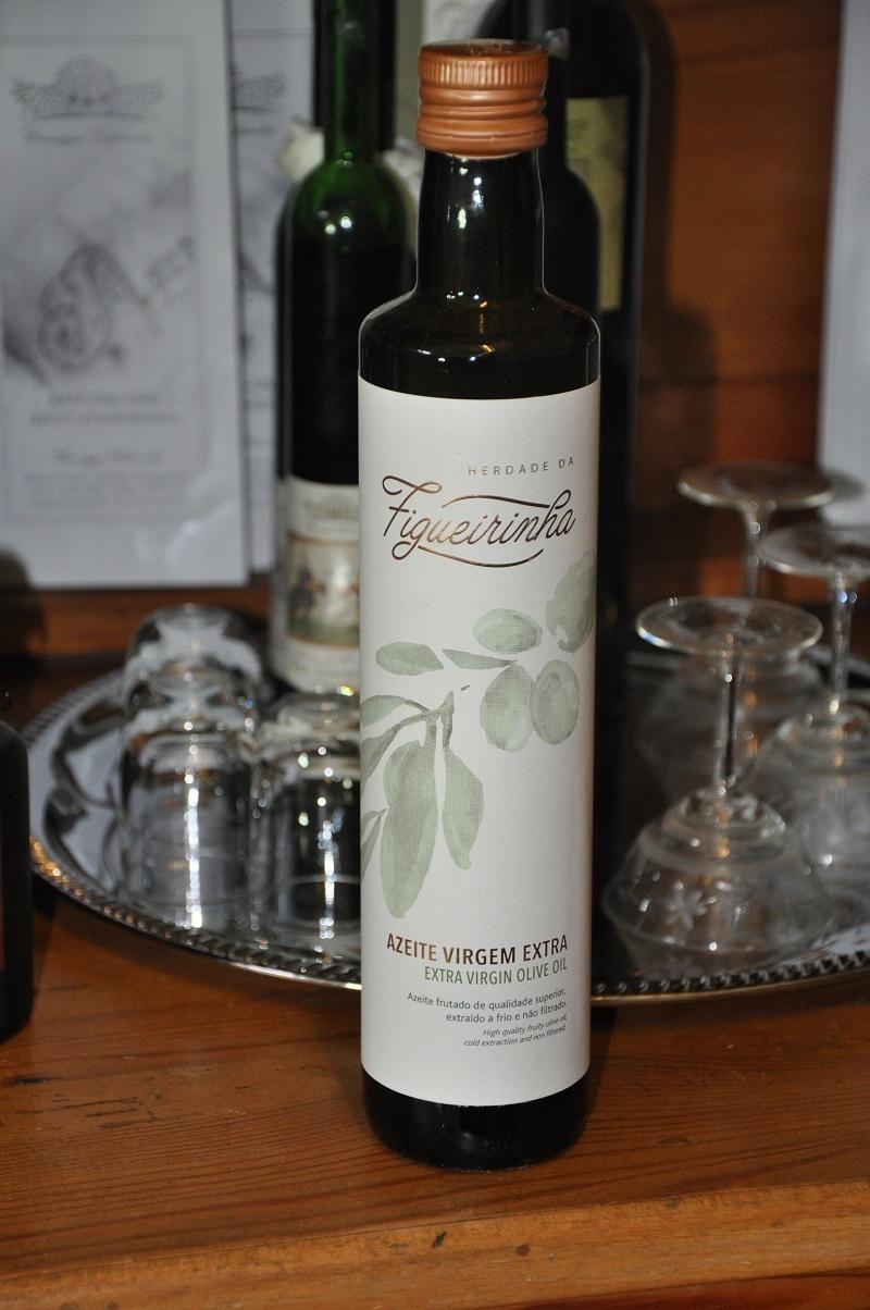 Kraichgauer Ölmühle Sparset 5 für 4 bestehend aus 5 Flaschen Leinöl + 1 Fl. Figueirinha Olivenöl 500 ml