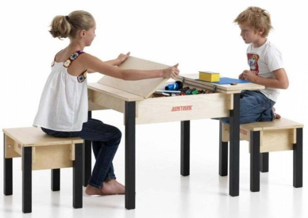 Kindertafel En Stoeltjes.Kindertafel Met Stoeltjes Scandinavisch Design Kinderspel