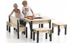 Spielmöbel aus Holz