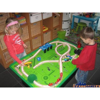 Brio train table set