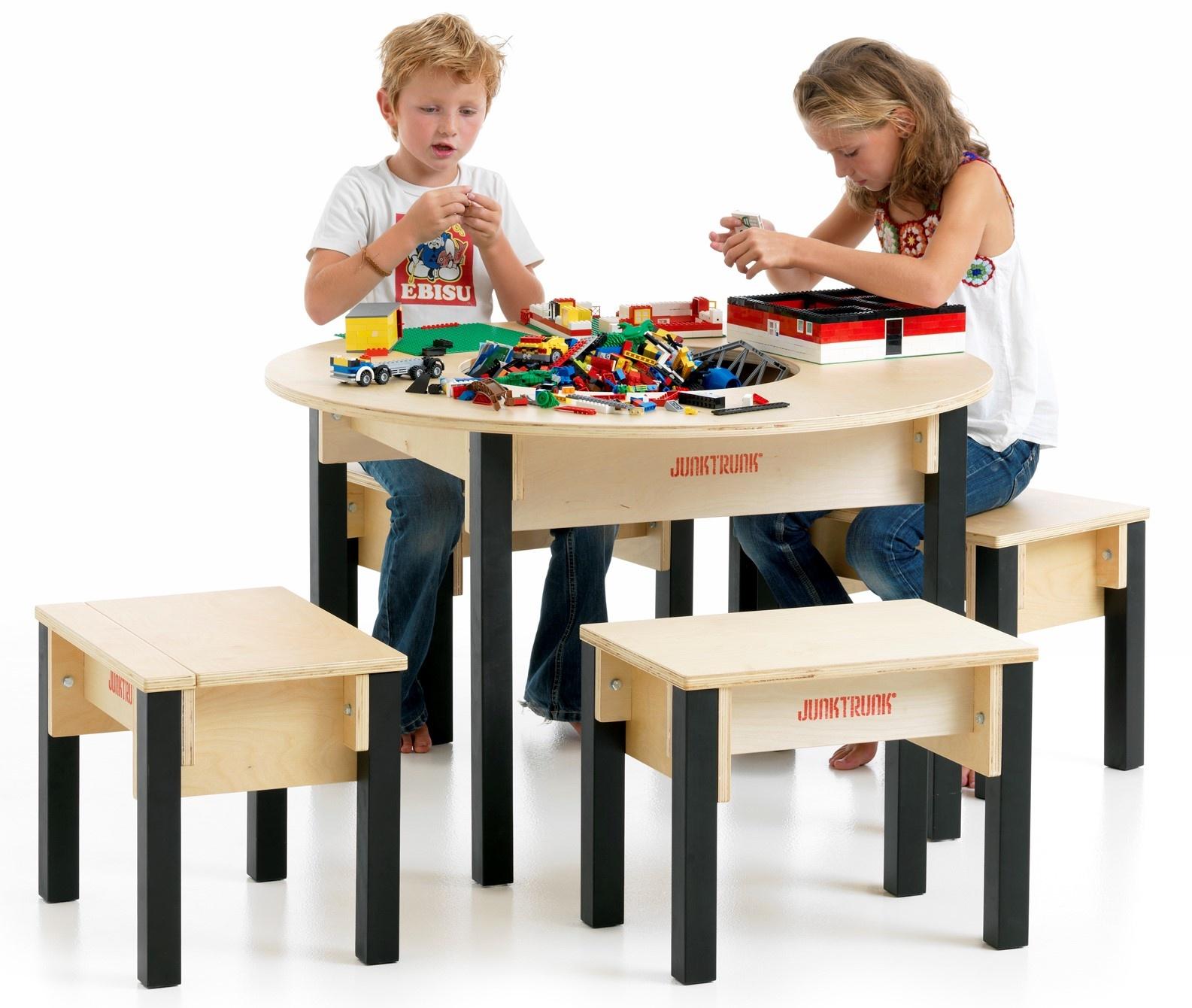 Ronde Lego Tafel.Lego Tafel Rond Van Hout Met Ruime Opbergbak En 4 Solide Zitjes
