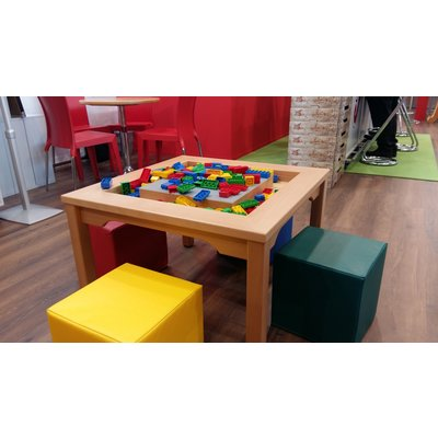 LEGO DUPLO Table with 4 seats