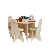 Table Lego avec chaises
