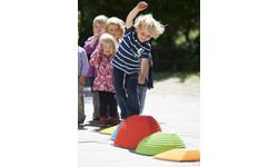 Bewegungsspielzeug für Drinnen und Draußen