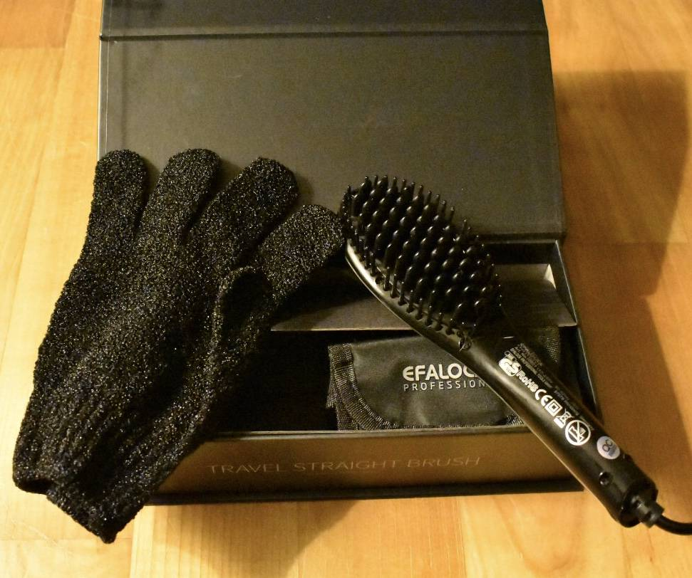 Efalock EFALOCK TRAVEL STRAGIHT BRUSH