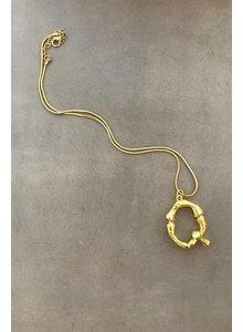 Adamarina Q- Initial Alphabet letter pendant with chain