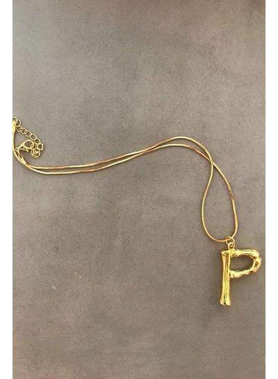 Adamarina P - Colgante letra dorado con cadena