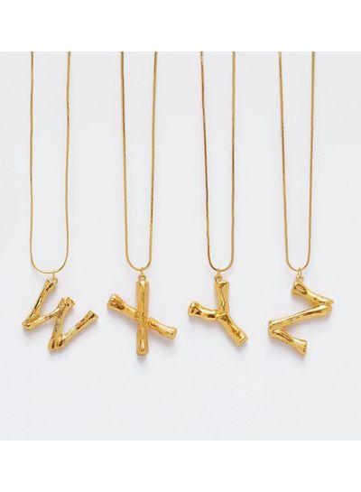 Adamarina W - Colgante letra dorado con cadena