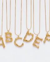 Adamarina F -Gold Buchstabe Anhänger  mit Kette  - Copy