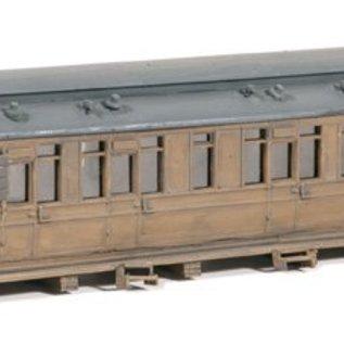 Ratio Ratio Trackside Series 519, als schuur gebruikte buiten dienst gestelde wagon (schaal H0/00)