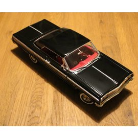 Ertl Collectibles 7838 American Muscle 1964 Chevrolet Impala SS (scale 1:18)