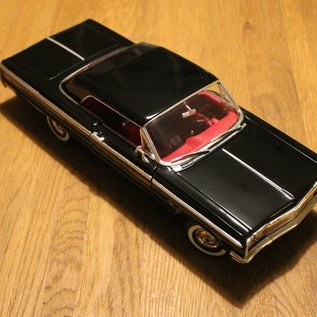 Ertl Collectibles 7838 American Muscle 1964 Chevrolet Impala SS (Massstab 1:18)