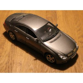 Mercedes-Benz B6-696-2205 Mercedes-Benz CLS-Klasse (schaal 1:18)